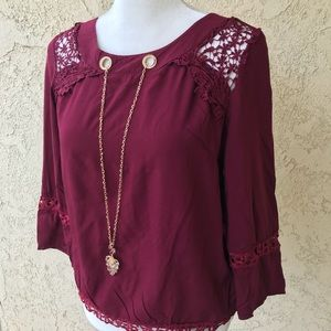 Tops - LAST ONE🌹 Burgundy Lace Top